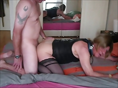 Mature tranny fucked bareback by here boyfriend