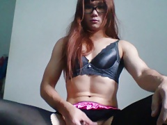 Solo tranny gets dildo in her ass