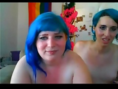 Chubby college girl and her tranny roommate - negrofloripa
