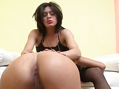 Horny latina seduces a tranny bitch in hd