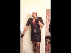Samantha Sex Change Smoking Leather Queen
